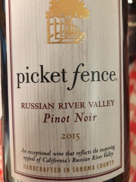 Picket Fence - Pinot Noir - 2015