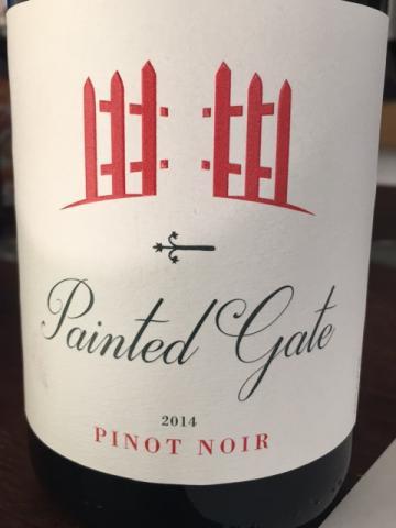 Painted Gate - Pinot Noir California - 2014