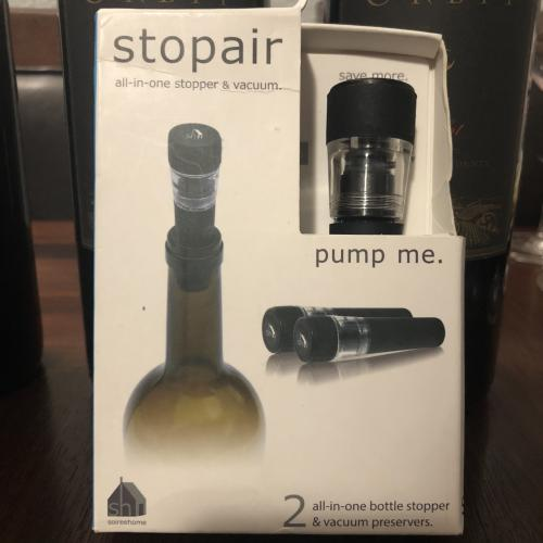 Deluxe All-in-One Beverage Stopper and Vacuum Sealer Pump by Stopair