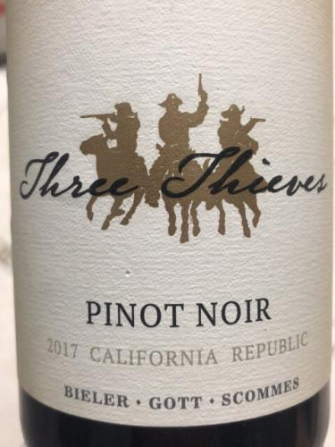 Three Thieves - Pinot Noir - 2017