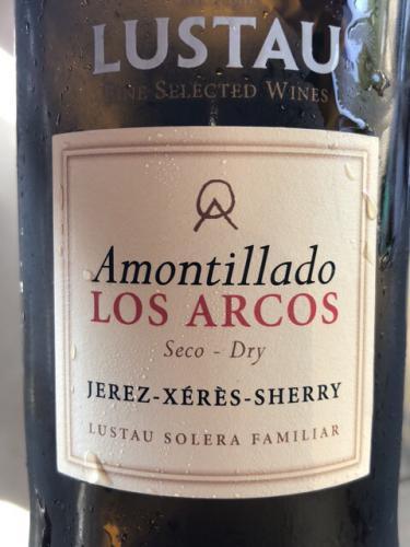 Lustau - Los Arcos Dry Amontillado Sherry (Solera Reserva) - N.V.